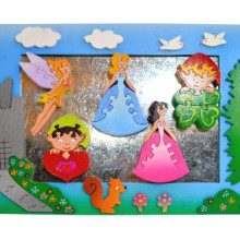 Wooden Princess Magnet Frame With Magnet Puzzles